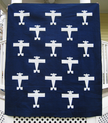 Airplane Quilt | Must Love Quilts